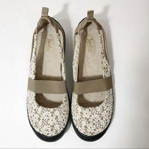 Jambu Delilah Slip Ons, Size 9.5